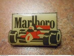 A029 -- Pin's Marlboro F1 - F1