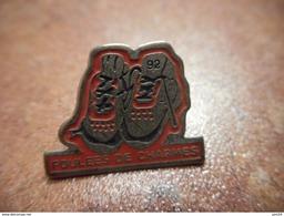 A031 -- Pin's Foulees De Charmes - Athletics