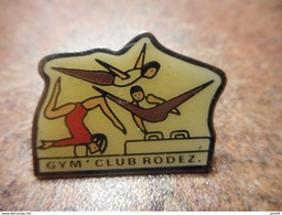 A031 -- Pin's Gym Club Rodez - Gymnastique