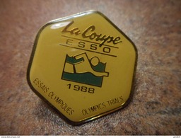 A031 -- Pin's La Coupe Esso 1988 - Natation