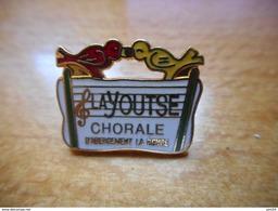 A003 -- Pin's La Youtse Chorale D'Abergement La Ronce (dépt 39) -- Exclusif Sur Delcampe - Musique