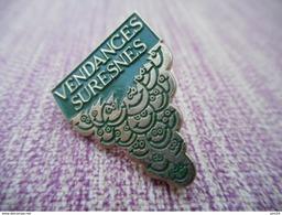 A007 -- Pin's Vendanges Suresnes - Bevande