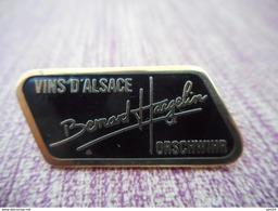 A007 -- Pin's Vins D'Alsace Bernard Hargelin Orschwihr - Bevande