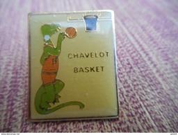A009 -- Pin's Basket Chavelot - Basketball