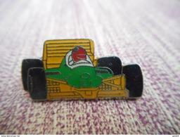 A009 -- Pin's Formule 1 - 021 - F1