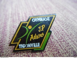 A009 -- Pin's Gymnase Thionville - Gymnastique