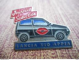 A009 -- Pin's Lancia Yio Appia Journees Seduction -- Exclusif Sur Delcampe - Pin's & Anstecknadeln