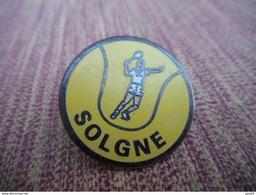 A009 -- Pin's Solgne - Tennis