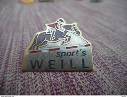 A009 -- Pin's Sports Weill - Otros