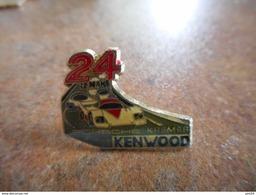 A010 -- Pin's 24H Du Mans Porsche Premier Kenwood - F1