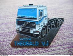 A011 -- Pin's Volvo Theobald VI -- Exclusif Sur Delcampe - Transports