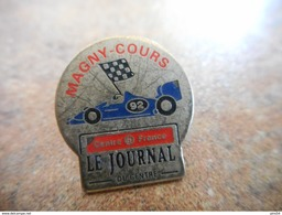 A012 -- Pin's Magny Cours Le Journal - Rally