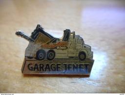 A016 -- Pin's Garage Jenet -- Exclusif Sur Delcampe - Autres