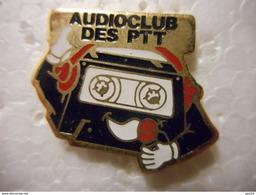 A020 -- Pin's La Poste Audioclub Des Ptt - Correo