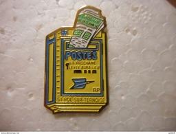 A020 -- Pin's La Poste Boite Aux Lettres Jaune St Pol Sur Ternoise - Post