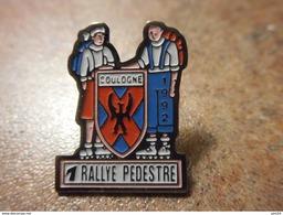 A024 -- Pin's Rallye Pedestre Coulogne 1992 - Athletics