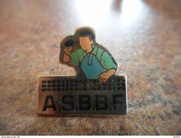 A025 -- Pin's ASBBF -- Exclusif Sur Delcampe - Tennis De Table