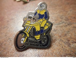 A033 -- Pin's Moto Suzuki Epinal JC Wagner - Motorfietsen