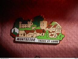 A0015 -- Pin's Des Plus Beaux Villages De France - PBVF - Montresor - Indre Et Loire - Städte