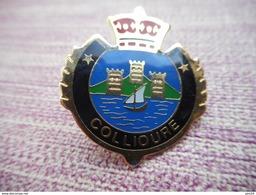 A008 -- Pin's Blason Collioure - Steden