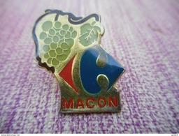 A008 -- Pin's Carrefour Macon - Markennamen
