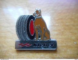 A017 -- Pin's Kleber - Pin's