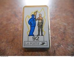 A021 -- Pin's La Poste 92 - Post