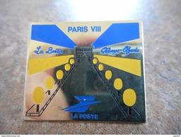 A021 -- Pin's La Poste Paris VIII La Boetie Champs Elysees - Postes