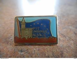 A021 -- Pin's La Poste Ptt Cartophilie Alsace - Postes