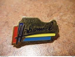A022 -- Pin's Peugeot Habonnel - Peugeot
