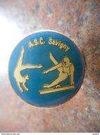 A025 -- Pin's ASC Savigny -- Exclusif Sur Delcampe - Gymnastique
