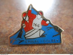 A025 -- Pin's Canoe Epinal Golbey - Canoë