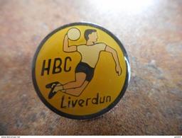 A025 -- Pin's HBC Liverdun - Handbal