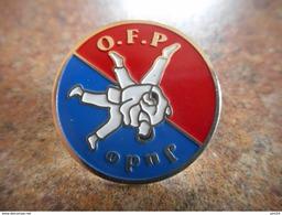A025 -- Pin's Judo OFP - Judo
