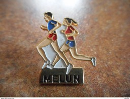 A025 -- Pin's Course Melun - Athletics