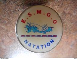 A025 -- Pin's ESMGO Natation -- Exclusif Sur Delcampe - Natation