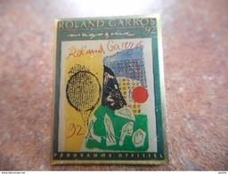 A025 -- Pin's Roland Garros Magazine 92 - Tennis