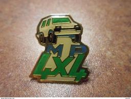 A029 -- Pin's MP 4X4 - Autres