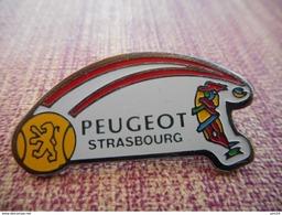 A001 -- Pin's Peugeot Strasbourg - Peugeot