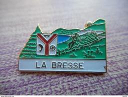 A003 -- Pin's La Bresse -- Exclusif Sur Delcampe - Villes