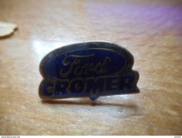 A017 -- Pin's Ford Cromer - Ford