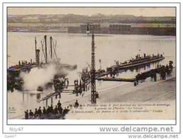 """Cpa  (   Dep 62  )   à CALAIS   """"   Le  PLUVIOSE  Dans Le Port Pendant Les Opérations De Sauvetage - Calais"""