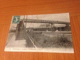 LUNEVILLE  - La Gare , La Passerelle  (port à Ma Charge ) - Luneville