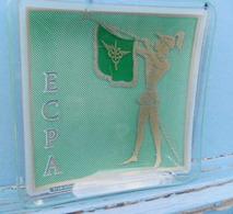 Cendrier En Verre Estampillé ECPA Etablissement Cinématographique Et Photographique Des ARMEES - Verre