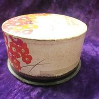 Grosse Boite à Poudre Ancienne Parfumerie Simon, Décoré Papillon - Perfume & Beauty