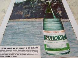 ANCIENNE PUBLICITE A VOTRE SANTE EAU MINERALE BADOIT  1964 - Affiches