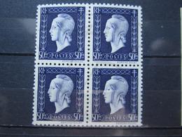 VEND BEAUX TIMBRES DE FRANCE N° 701 EN BLOC DE 4 , XX !!! (b) - 1944-45 Maríanne De Dulac
