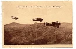 CPA    LA GUERRE AU MAROC      ESCADRILLE FRANCAISE BOMBARDANT LE FRONT DE L OUERGHA - Guerres - Autres