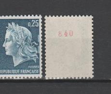 FRANCE / 1967 / Y&T N° 1535a ** : Marianne De Cheffer 25c Bleu (de Roulette Avec N° Rouge) - Gomme (tropicale) D'origine - France