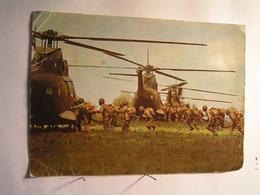Militaria - Manoeuvre - Embarquement PUMA SA 330 - 210 Mm X 150 Mm - Manöver